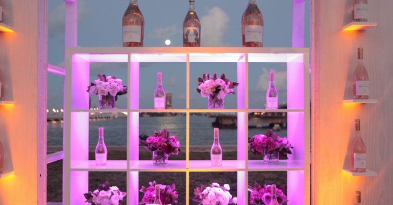 Dinner En Blanc Miami photos by Jay Wiggs / ExclusiveAccess.Net