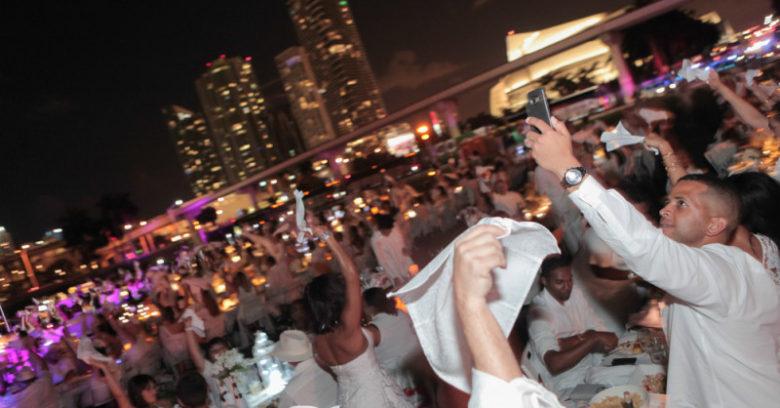 Dinner En Blanc Miami photos by Jay Wiggs / ExclusiveAccess.Net